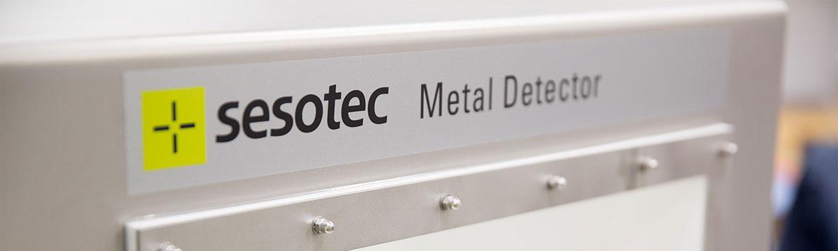 متال دتکتور برای نصب روی نوار نقاله  و سطوح شیبدار