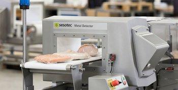 نظارت و کنترل کیفیت پیوسته در تولید انواع گوشت و فراورده های گوشتی با دستگاه متال دتکتور و بازرسی با اشعه ایکس